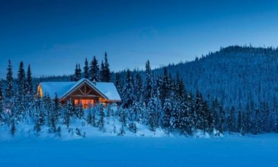 Book your winter vacation to Canada's epic provincial and national parks now